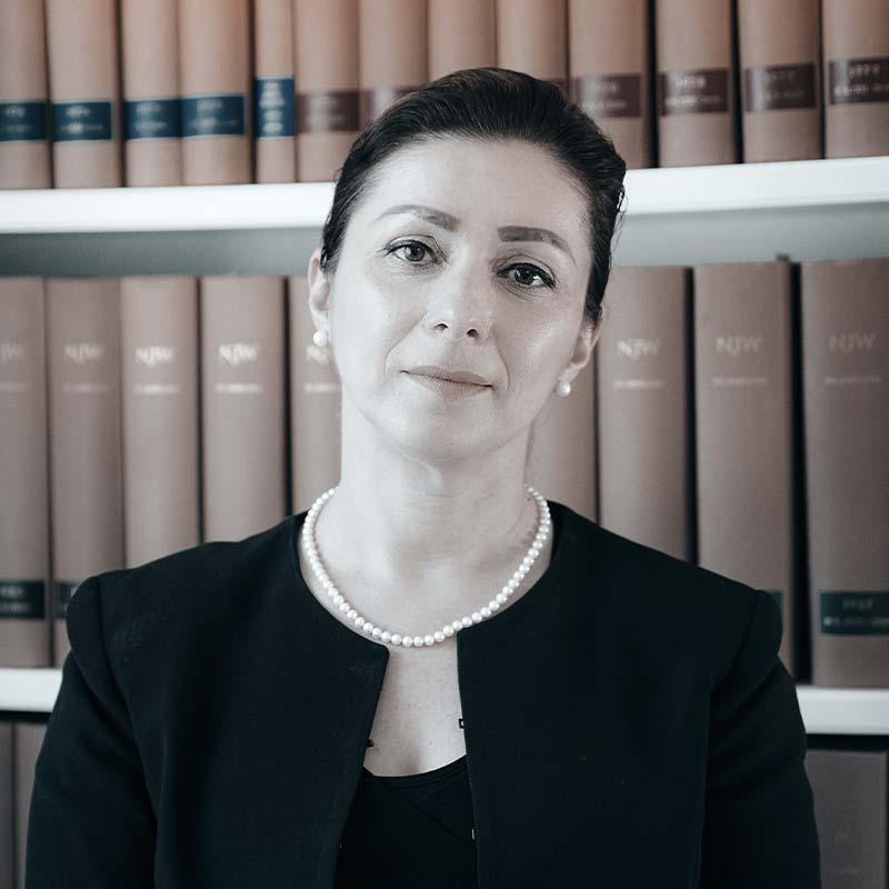 Kanzlei-Managerin Dragana Lukic