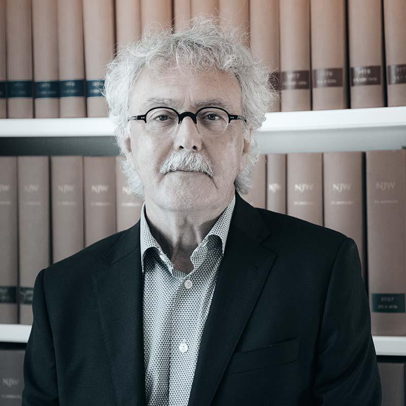 Rechtsanwalt & Notar a.D. Heinz E. Breer